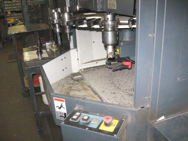 cnc vertical machining centers makino v55 cnc mill 20000 rpm 35 4 rh mwmachinery com Makino CNC Machines Makino CNC Machines